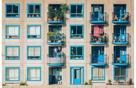 今年的应届生注意!年内20余地发租房新规 涉及房租户籍等